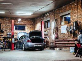 jakie okno garażowe wybrać